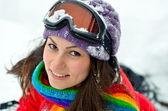 молодая женщина, открытый в зимний период — Стоковое фото