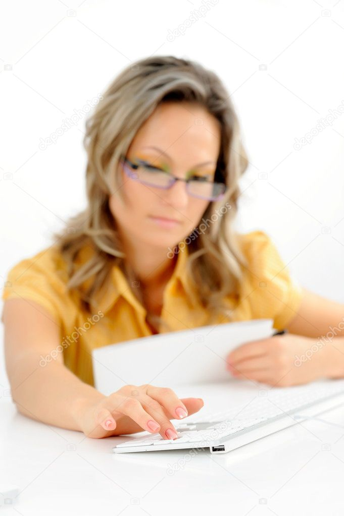Young businesswoman against white background — Stock Photo #9033115