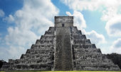 Kukulkan Pyramid chichen itza mexico yucatan — Stock Photo