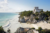 Mayan archeologic site of tulum — Stock Photo