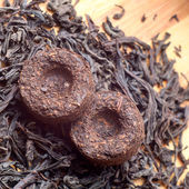 Two bricks of old aroma tea pu-erh — Stock Photo