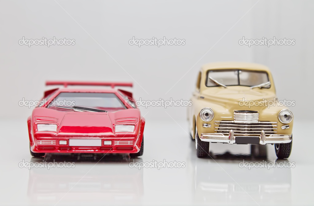 Shown toy model cars on a white background — Stockfoto #10102388