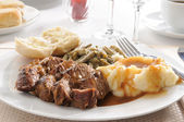 Roast beef dinner — Stock Photo