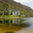 Kylemore Abbey in Connemara — Stock Photo