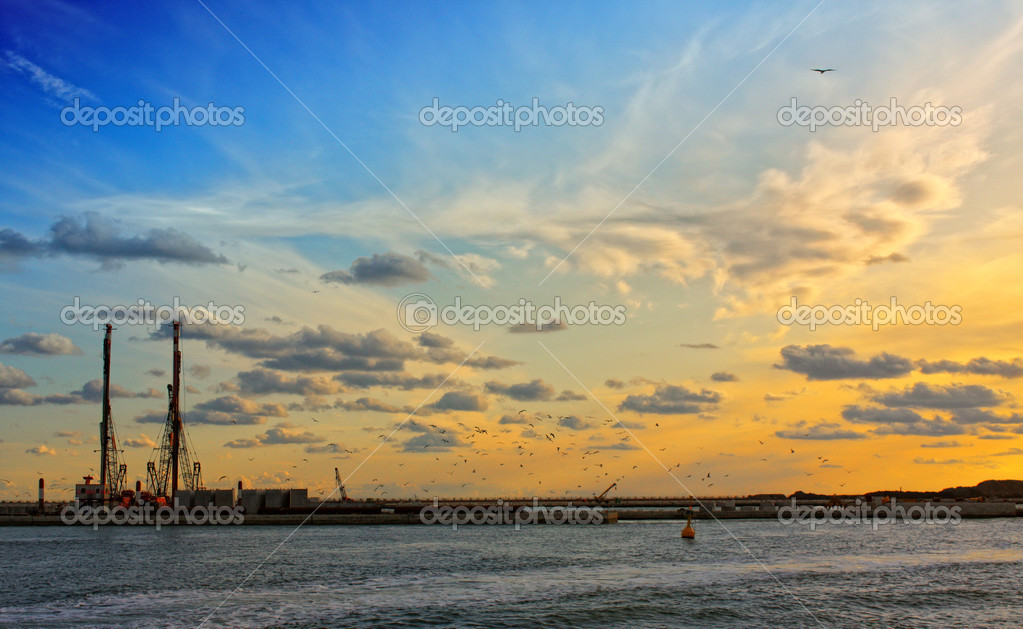 Sunset returning from Burano in the Venice lagoon — Stock Photo #9166000
