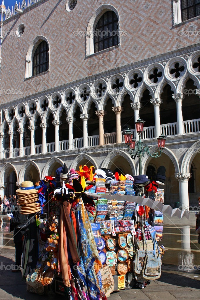 Souvenirs in Piazza San Marco, Venice, Italy — Stock Photo #9265495