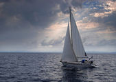 Sailing into a storm — Stock Photo