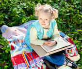 Sweet girl in the park — Stock Photo