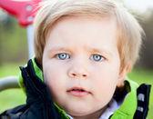 Portret małego chłopca — Zdjęcie stockowe