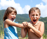 Children are swearing to each other — Stock Photo