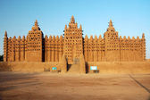 Front view of Djenne mud mosque — Stock Photo