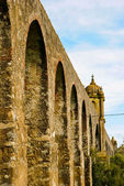 Aqueduct, Evora — Stock Photo