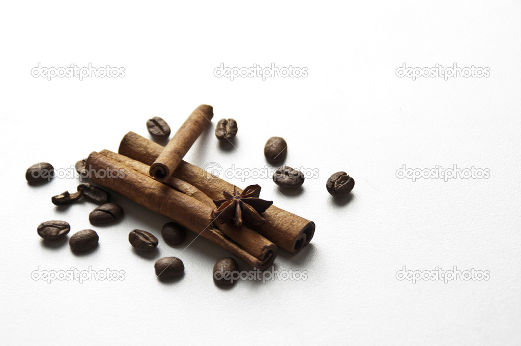 Always explode the passion between grains of coffee and some particular flavours — Foto Stock #9137864