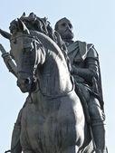 Equestrian statue of Cosimo Medici — Stock Photo