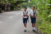 Crianças da escola balinesa — Foto Stock