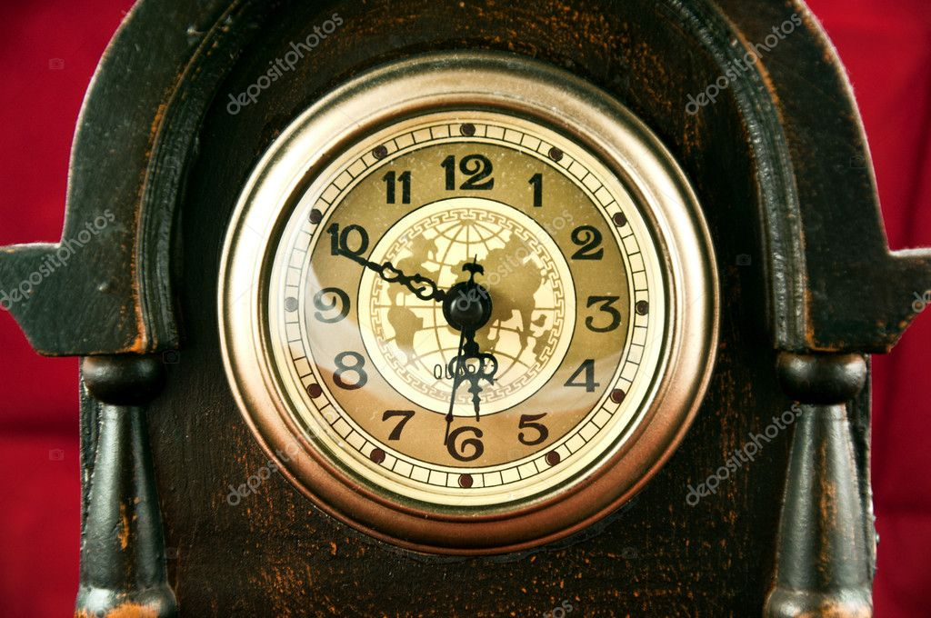 Old clock — Stock Photo #9238984