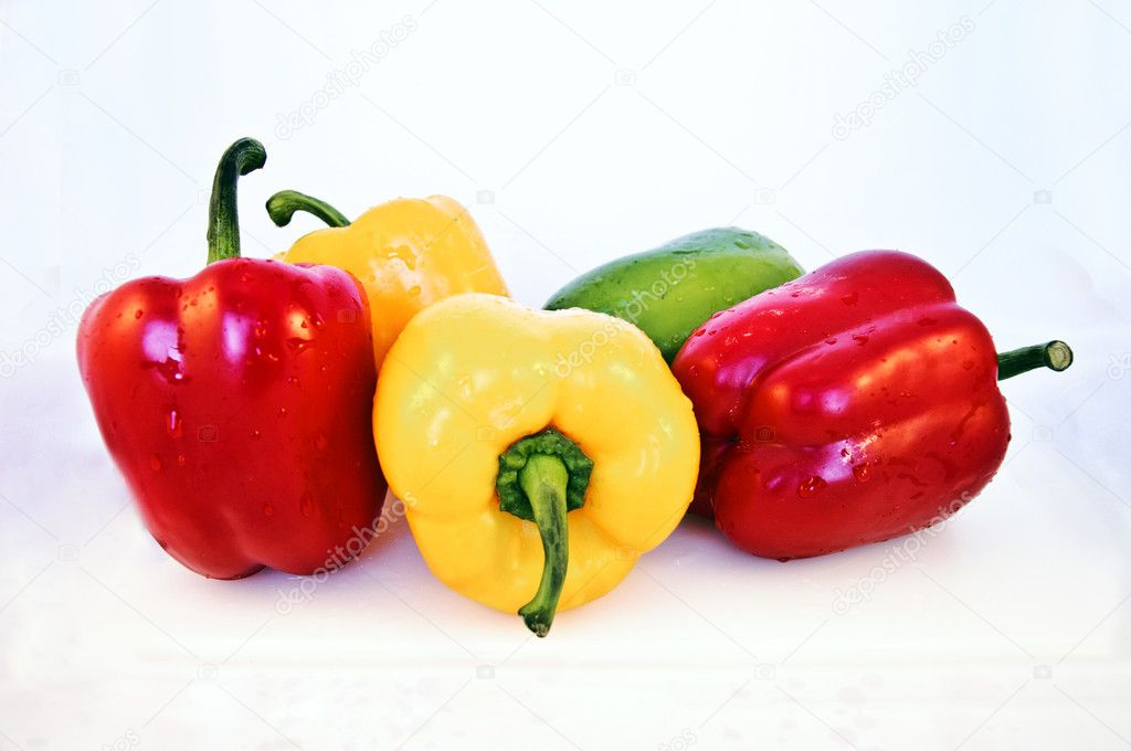 Organic free color peppers — Stock Photo #9239014
