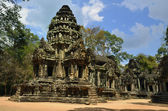 Thommanon temple built during the reign of Suryavarman II at Angkor — Stock Photo