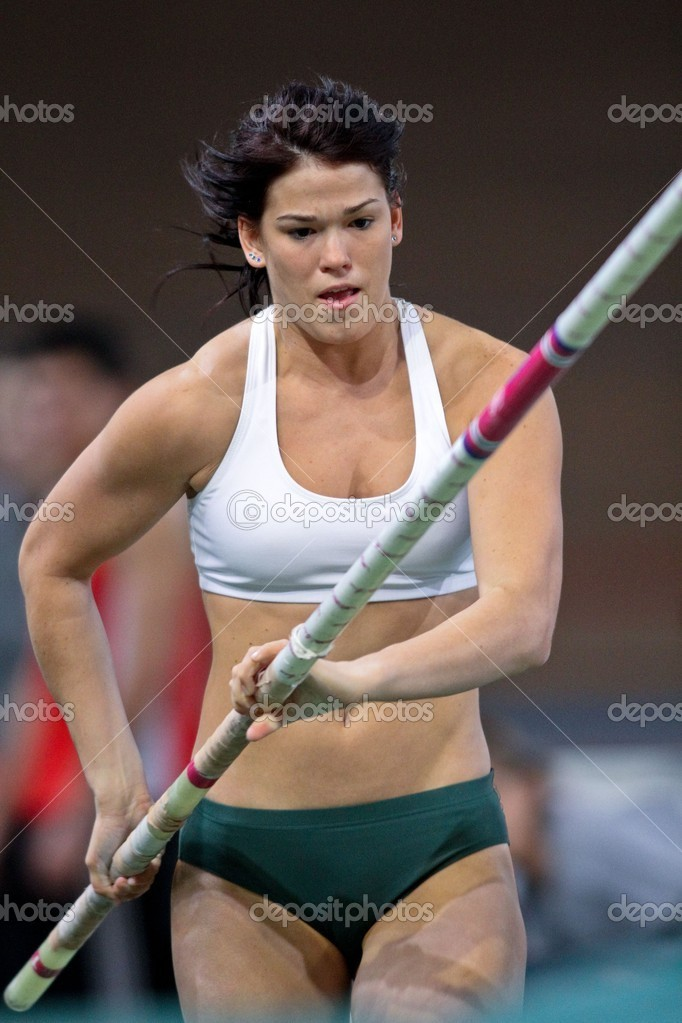 VIENNA,  AUSTRIA - FEBRUARY 16  Vienna indoor  track and field meeting.  Eros Eniko (Hungary) places 3rd in the women's pole vault  event on February 16, 2010 i — Stock Photo #9070654
