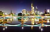Frankfurt skyline reflection in the river of Main — Stock Photo