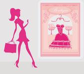 Chica de siluetas de moda shopping en la ciudad — Foto de Stock