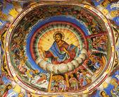 Pintura en una cúpula de una iglesia — Foto de Stock