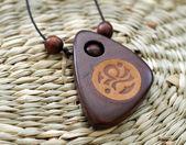 Amulette en bois chinois — Photo