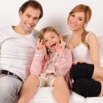 Дочь, играя с родителями — Стоковое фото