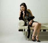 美丽的女人肖像穿着查尔斯顿敷设、 西提 — 图库照片