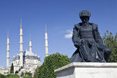 Selimiye Mosque and statue of its architect Mimar Sinan — Stock Photo