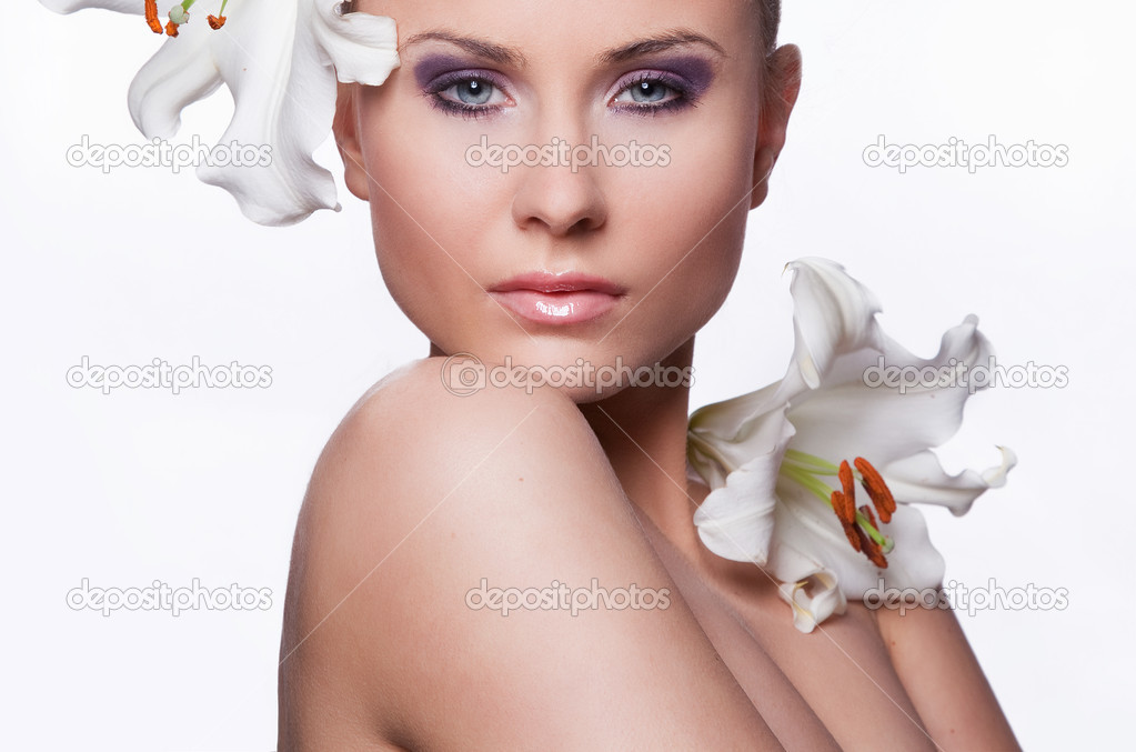 Beautiful fresh woman — Stock Photo #9132411