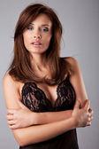 красивая брюнетка женщина — Стоковое фото