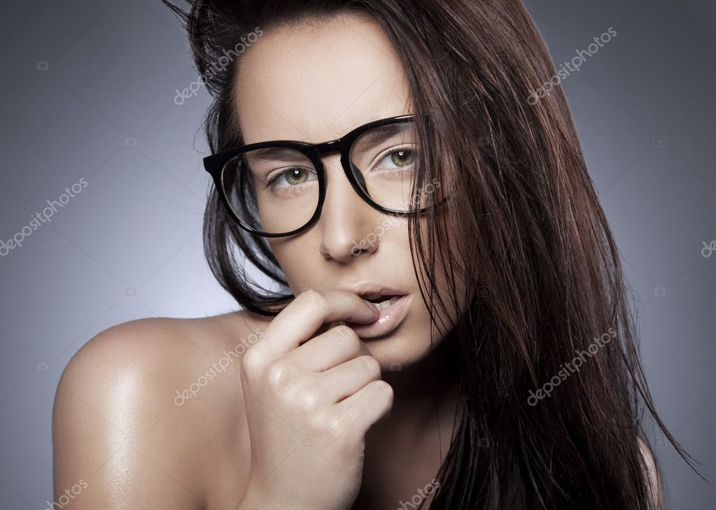 Brunette in a glasses — Stock fotografie #9196044