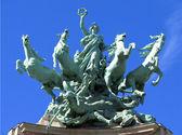 Quadriga Sculpture in Paris — Stock Photo