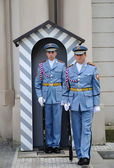 Changing of the guards at Prague castle — Stock Photo