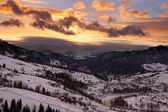 Cloudy sunset in Carpathian Mountains — Stock Photo