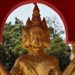 Golden Buddha statue at Big Buddha temple — Stock Photo #9177083