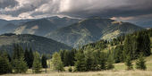 Mountain valley before rain — Stock Photo