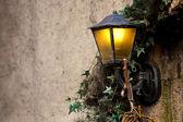 старая гранж лампа — Стоковое фото