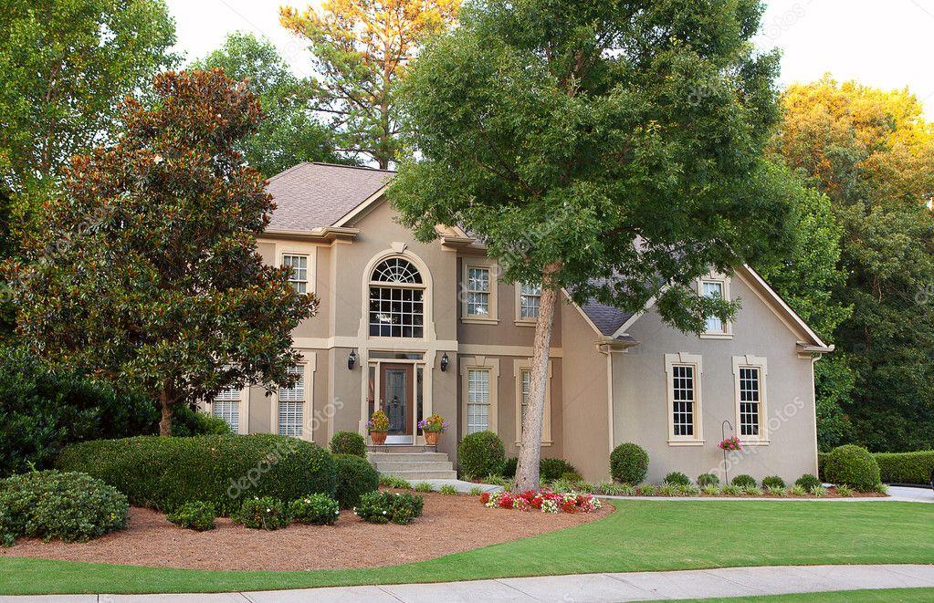 Tipica casa americana foto stock khoroshkov 9556896 for Piani casa americana