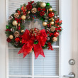 Christmas Wreath on Door — Stock Photo