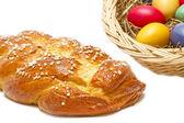 首页甜编织的面包与复活节彩蛋 — 图库照片