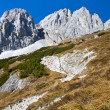 Hiking in the Austrian alps (Zahmer Kaiser Mountains) — Stock Photo #9172017