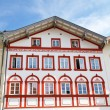 Facade of traditional houses in the town of Bad Toelz, Upper Bavaria — Foto de Stock