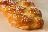 Sweet braided bread — 图库照片