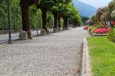 Promenade at the town of Belaggio, lake Como, Italy — Stock Photo