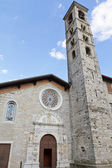 """Historic Church """"San Giovanni"""" in the village of Torno, lake Como, Italy — Stockfoto"""