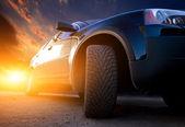Movimiento borroso coche en carretera de asfalto — Foto de Stock