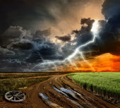 Countryside landscape with dirt road after rain, Russia — Stock Photo