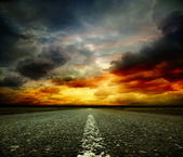 Most asphalt road. Shallow depth of field — Stockfoto
